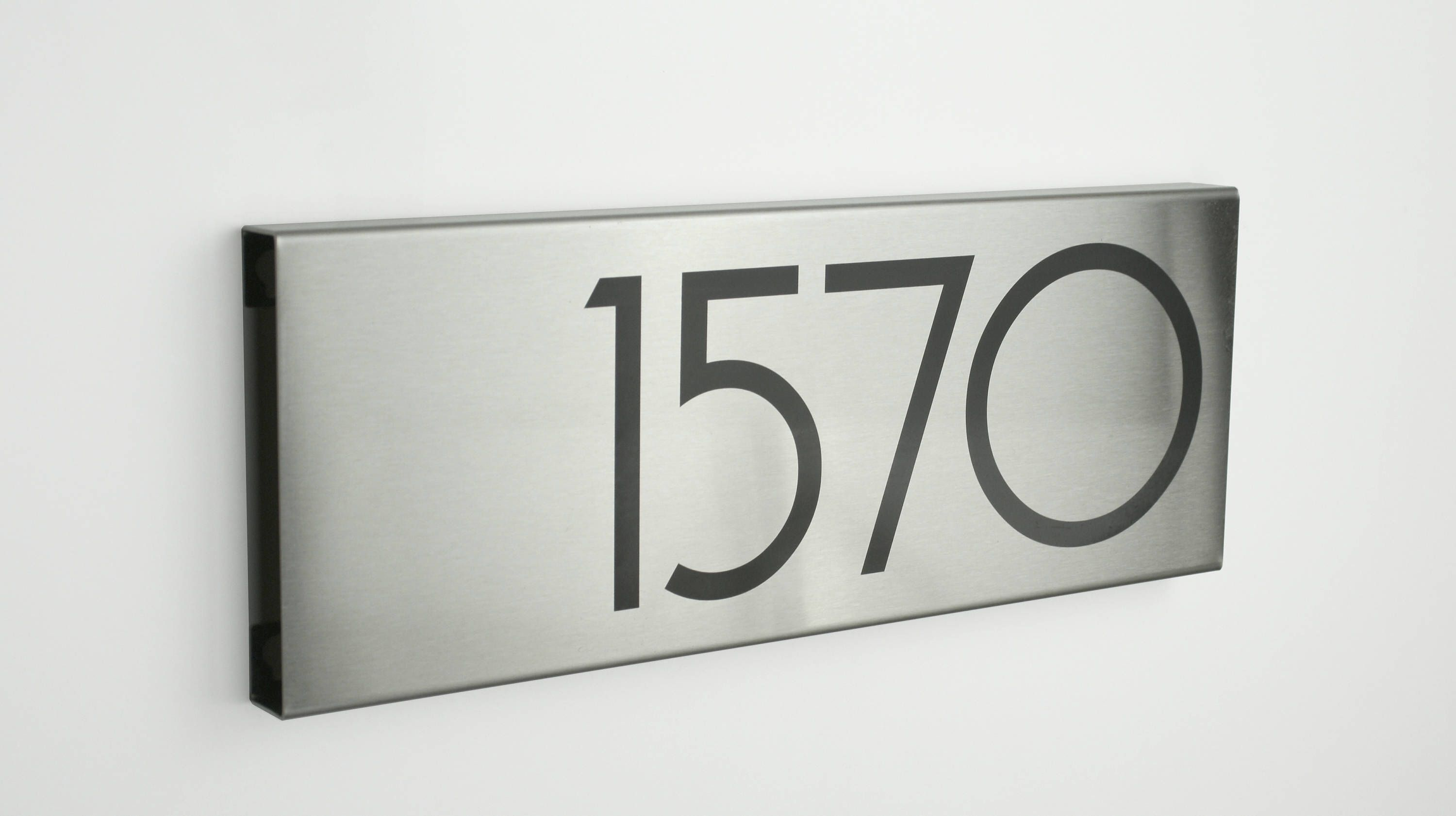 Custom Metal House Numbers Modern House Numbers Stainless Steel Contemporary N176s By Vson Metal House Numbers Modern House Number Unique House Numbers