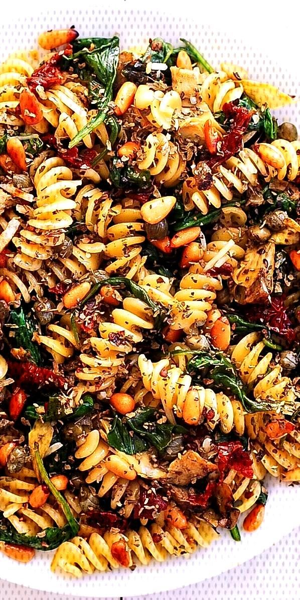 Italian Pasta with Spinach, Artichokes, Sun-Dried Tomatoes, Capers, Garlic, and Pine Nuts#artichoke