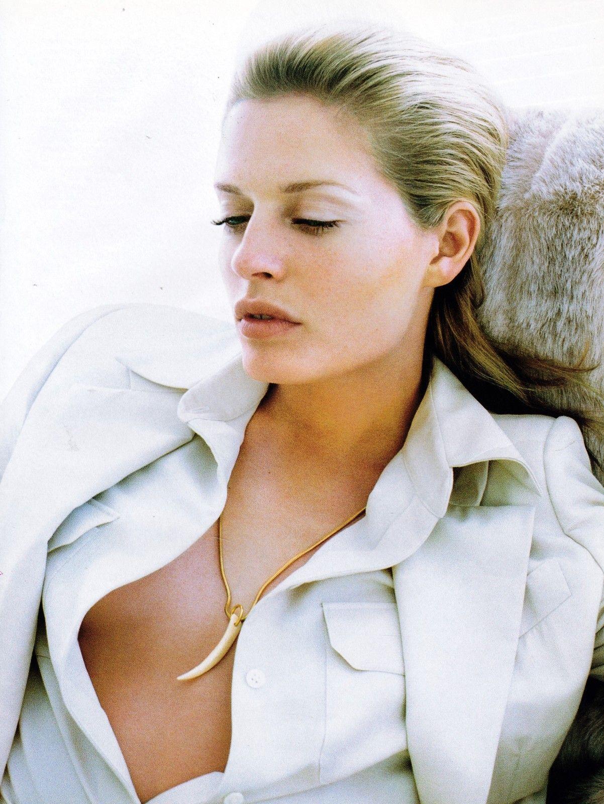 bazaar_us_december_1996_Annie Morton