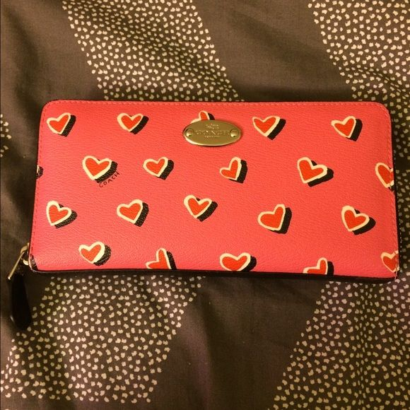 Coach Heart Accordion Wallet- Great Condition! Practically new Coach heart accordion wallet! Used for less than a month. Zip pocket for coins, two sections for cards. Fun and colorful, perfect for spring and summer! Coach Bags Wallets