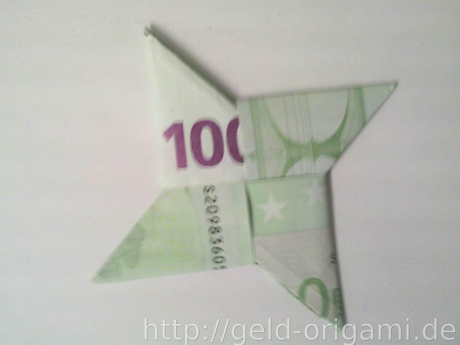 Origami-Stern aus Geldscheinen falten - Schritt 10