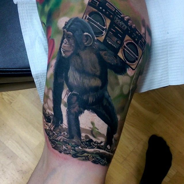 Monkey business today :) #tattoo #tattoos #inkfreakz #realismtattoo #tattooartmag #tattooartmagazine #tattooistartmag #theartoftattooing #realistictattoo #blackandgreytattoo #tattoo #tattoorealism #tattooculturemagazine #bnginksociety #tattoo_worldwide_online #inkedmag #tattooartistmagazine #cooltattoos #sharon_alday #tattoos_alday #thebesttattooartist #featuredink #norwegiantattooers