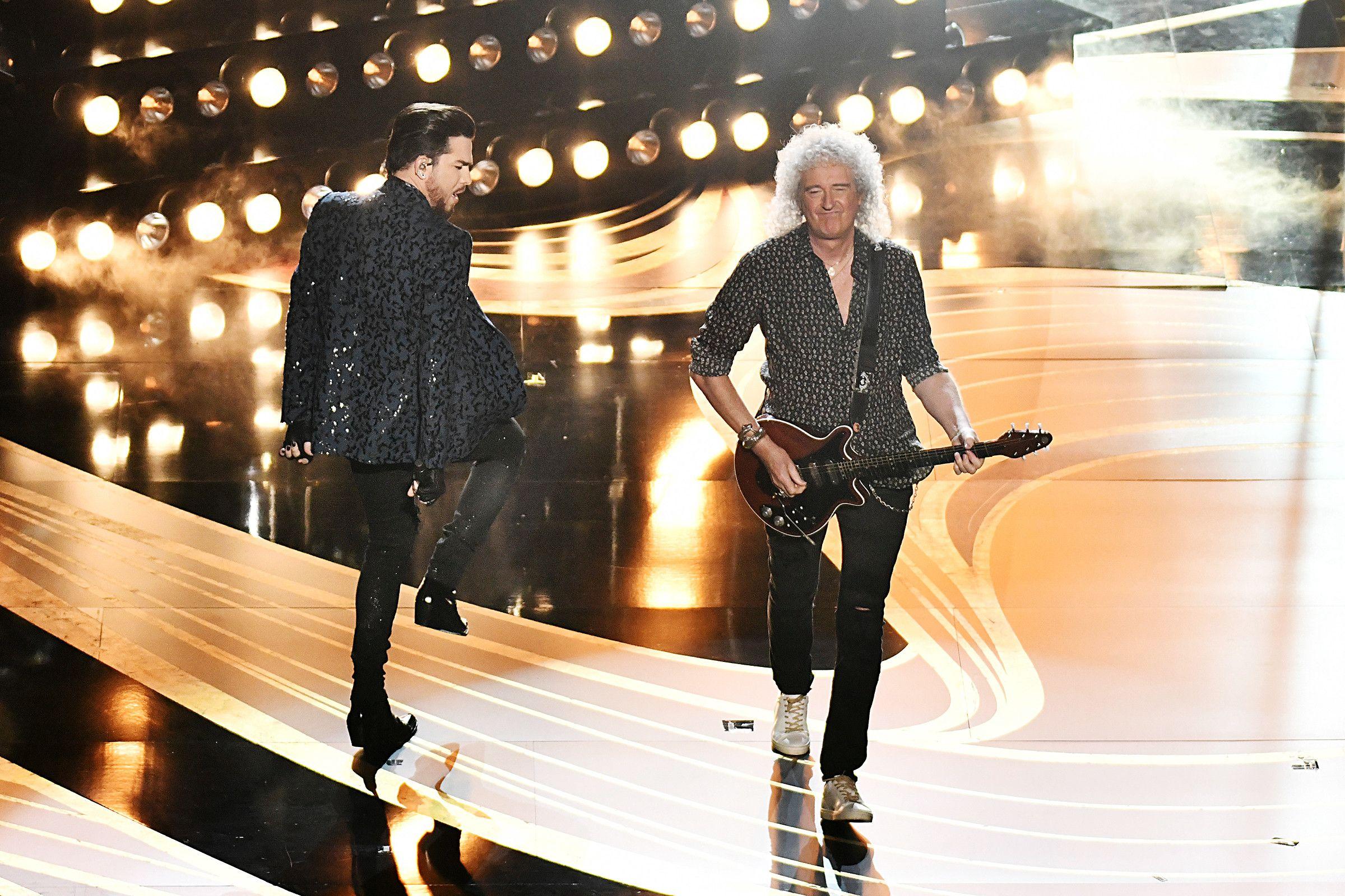 Oscars 2019 Queen Adam Lambert Open Show With Pair Of Hits Adam Lambert Queen Brian May Bryan Singer