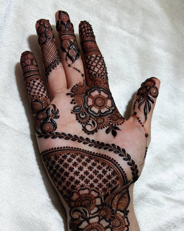 Pin By Garima Vaid On Mehndi Mehndi Mehndi Designs Henna