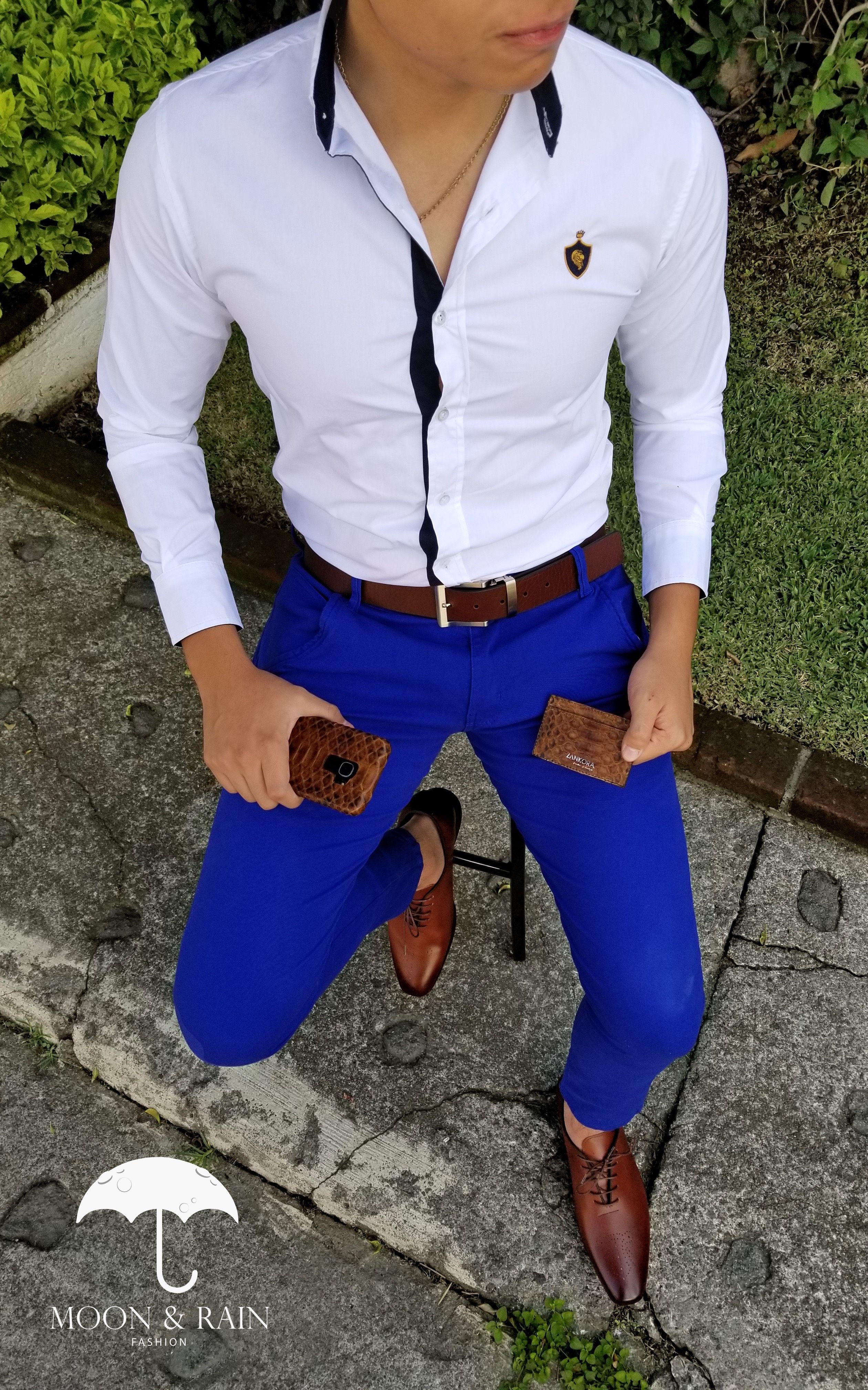 Outfit Para Hombre Compuesto Por Pantalon De Gabardina Azul Rey Cinturon Y Zapatos Ca Vestimenta Semiformal Hombre Combinacion De Ropa Hombre Moda Ropa Hombre