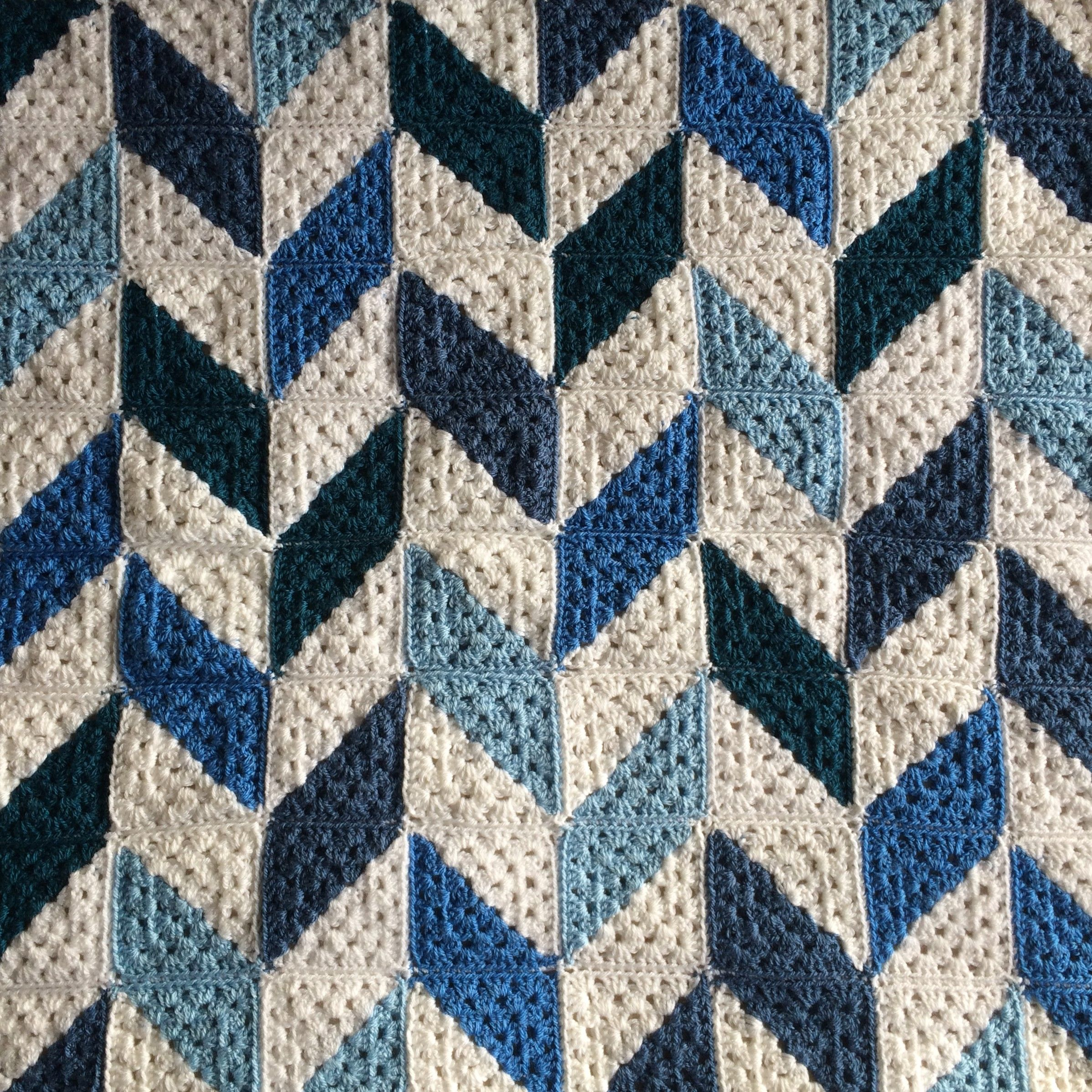 Patternpiper blue and white herringbone blanket crochet the ralphie herringbone crochet blanket dt1010fo