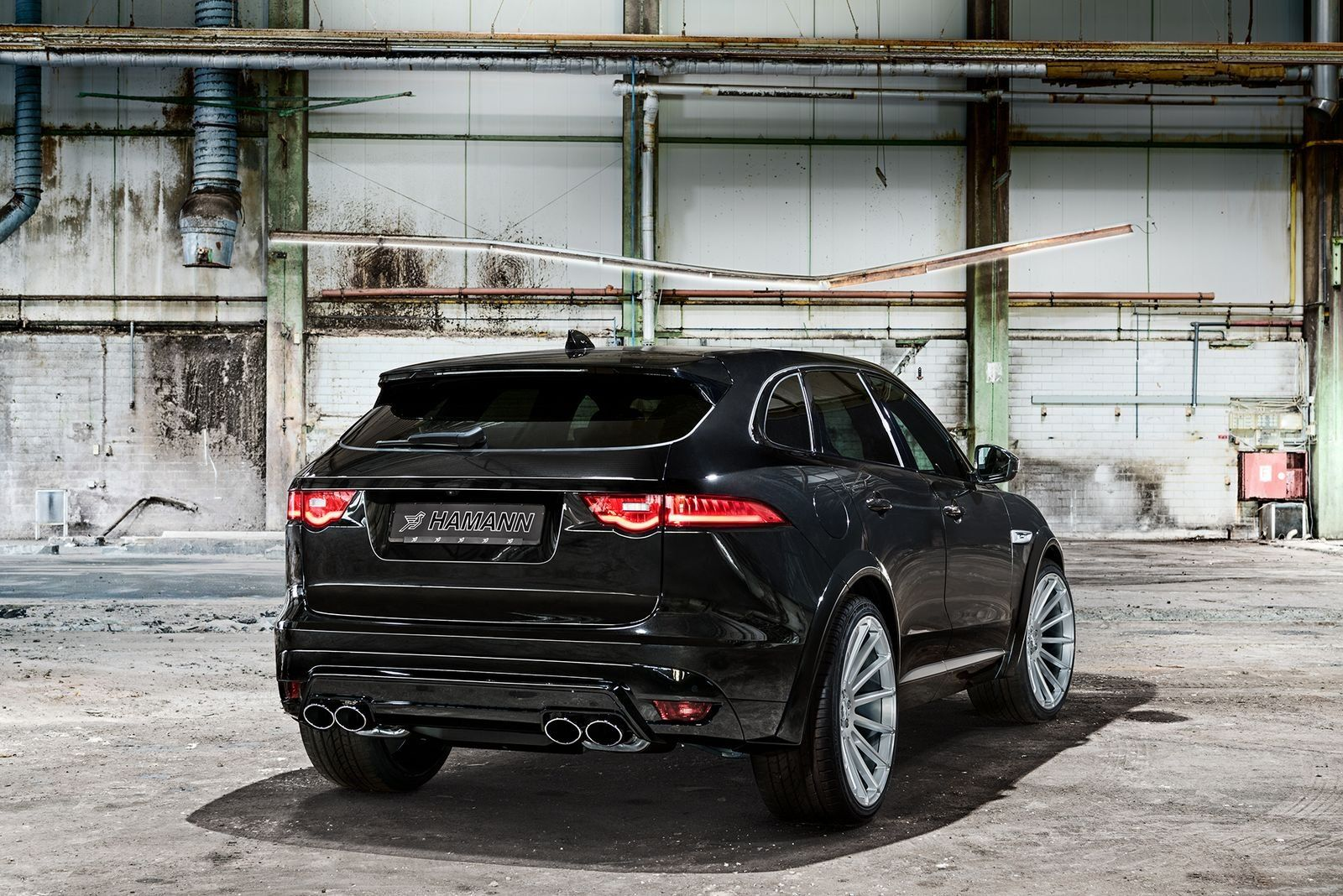 All Black Sinister Jaguar F Pace Gets Custom Parts Jaguar Jaguar Fpace Jaguar Car