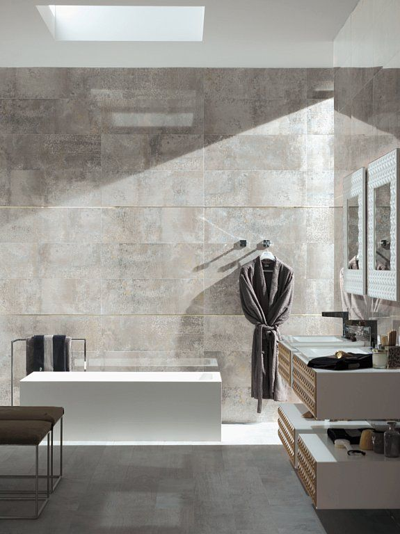 Porcelanosa showcased its new rectified Detroit stoneware model at