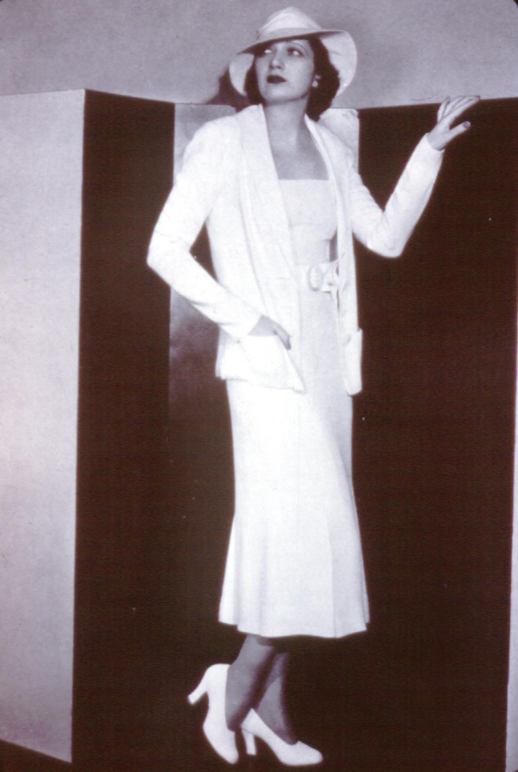 1930\'s Thanks to Chanel - knit dressing - ensemble dressing, jacket ...