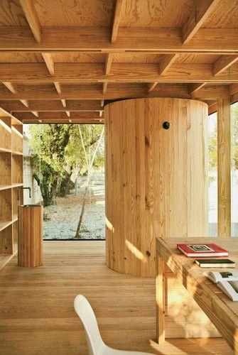 Galeria De Residência De Madeira S Ar Stacion Arquitectura 6 Arquitectura Casas Prefabricadas Casa De Madera