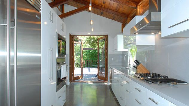 Hunger Games Star Josh Hutcherson S 2 5 Million Tree House Home Home Structure House