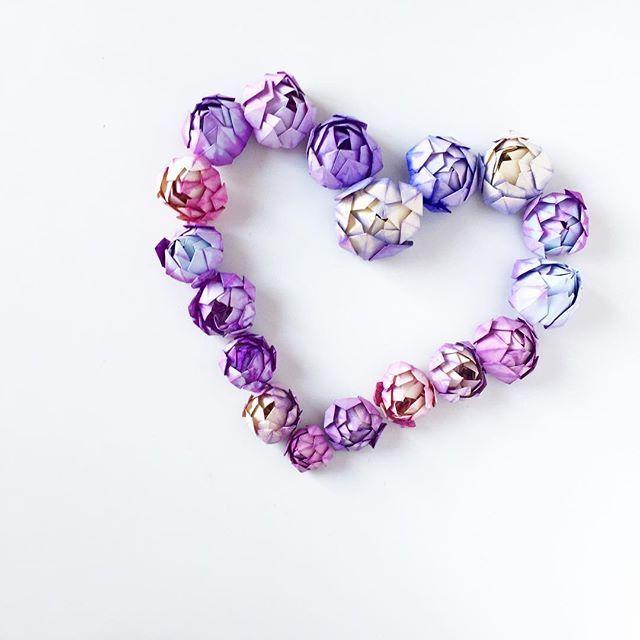 #origami #lotus #lotusflower #paper #hart #papercraft #origamiflower #handmade