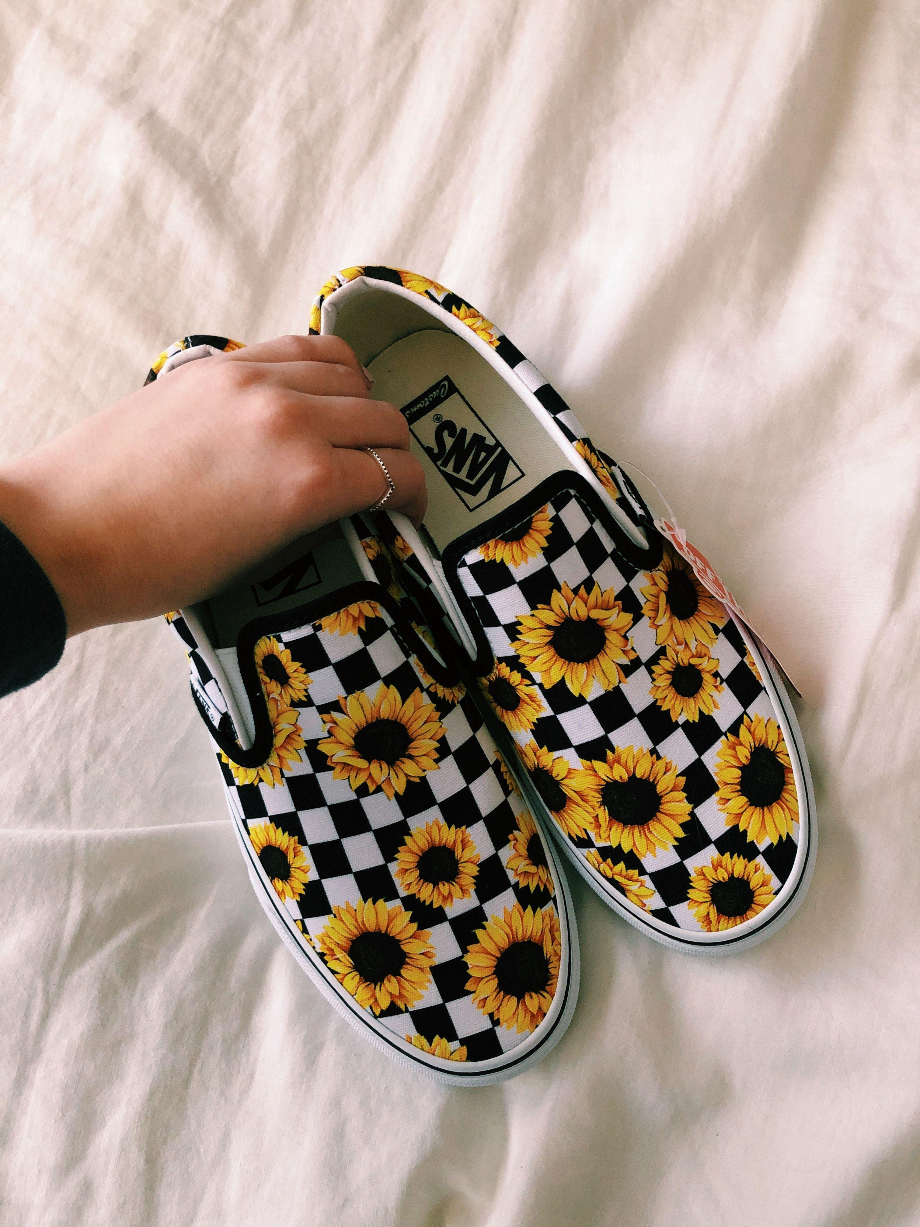 Vans slip on shoes, Vans shoes fashion