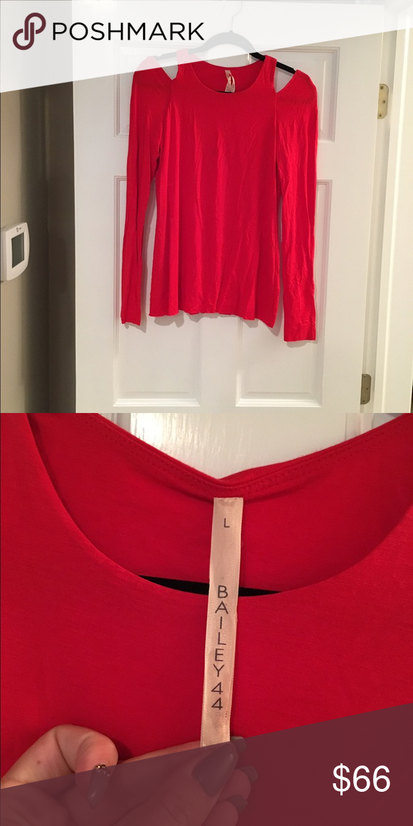 Bailey 44 Cold Shoulder Long Sleeve Top WORN ONCE! Bailey 44 Tops