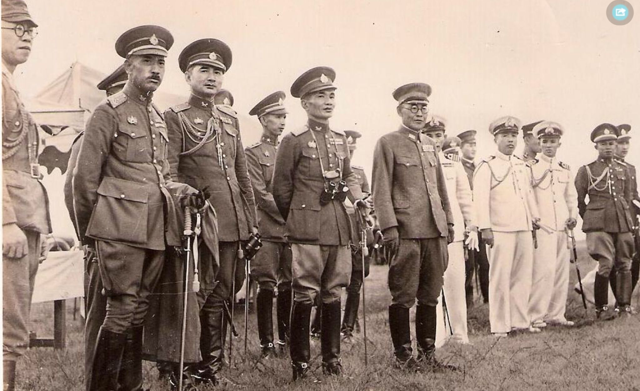 Thai japanese military officers wwii indochina vichy l thai japanese military officers publicscrutiny Choice Image
