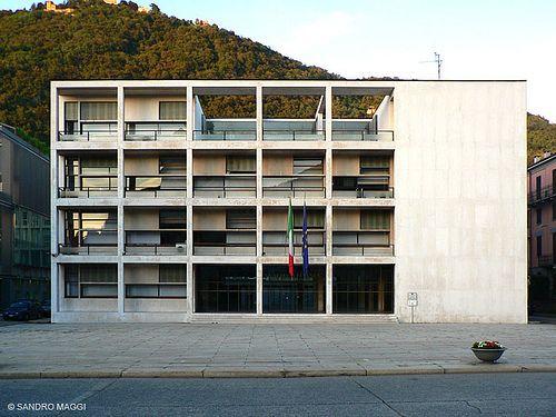 La casa del fascio a como riconosciuto capolavoro del for Giuseppe terragni casa del fascio