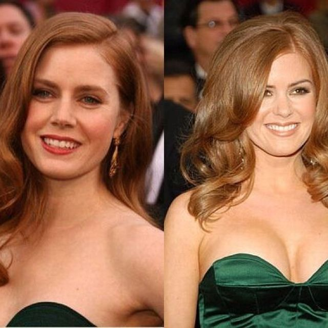 Isla Fischer and Amy Adams are like secret twins