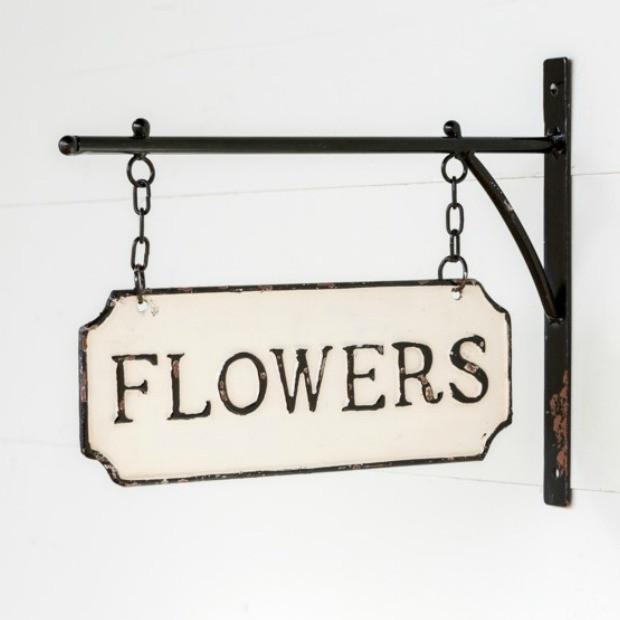 Enameled Flower Sign With Bracket Signs Flowers Metal Flowers Flowers For Sale Vintage Metal Signs