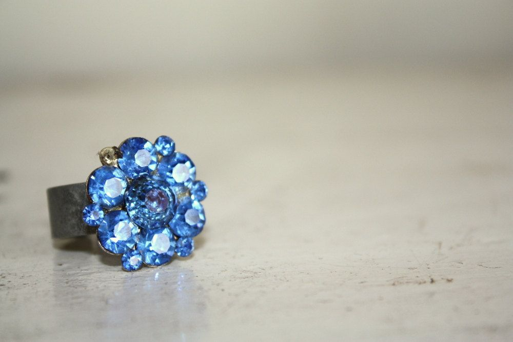 Vintage brooch ring blue ring  Bling ring by the by thepaisleymoon, $20.00