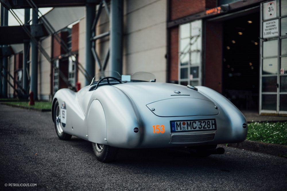 38+ Appreciating cars background