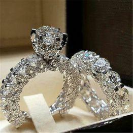Göz kamaştırıcı 925 Ayar Gümüş Doğal Beyaz Safir Elmas Birthstone Yüzük Seti Nişan Promise Düğün Gelin Takı