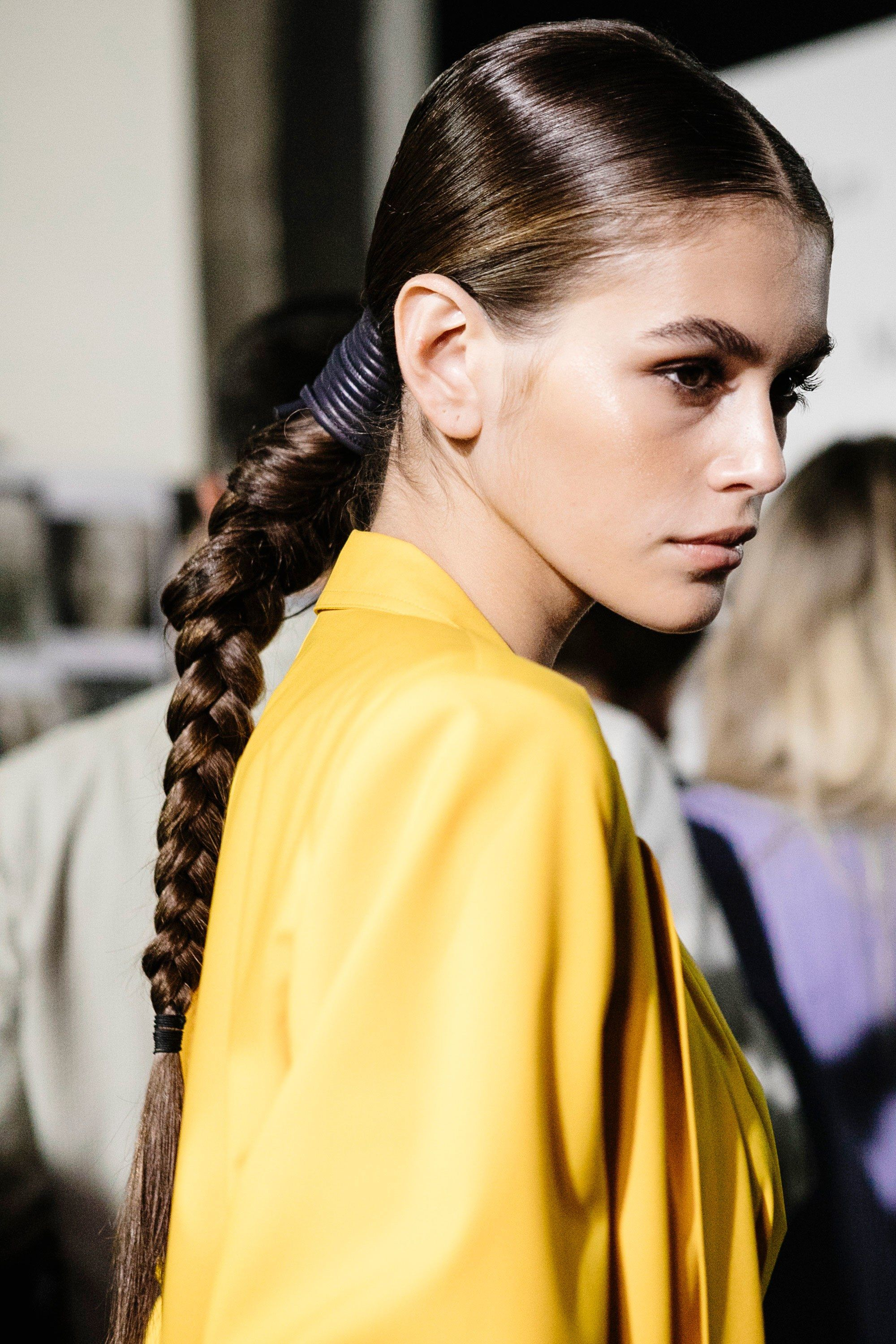 6 top beauty trends that dominated milan fashion week | hair