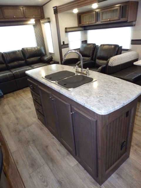 13++ Front living room fifth wheel for sale near me info