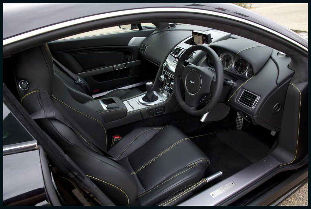 Aston Martin V8 Vantage Interior Photo Wallpaper Aston Martin Aston Martin V8 Aston Martin Vantage