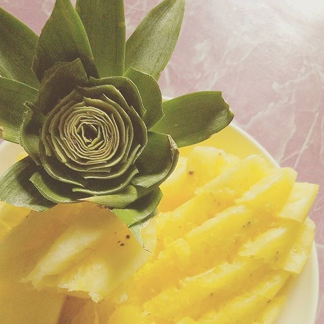 If you were a tropical fruit, you'd be a fine-apple. 🍍😹 #pineapple #fruit #fruits #fruity #summer #food #foodie #sweet #tropical