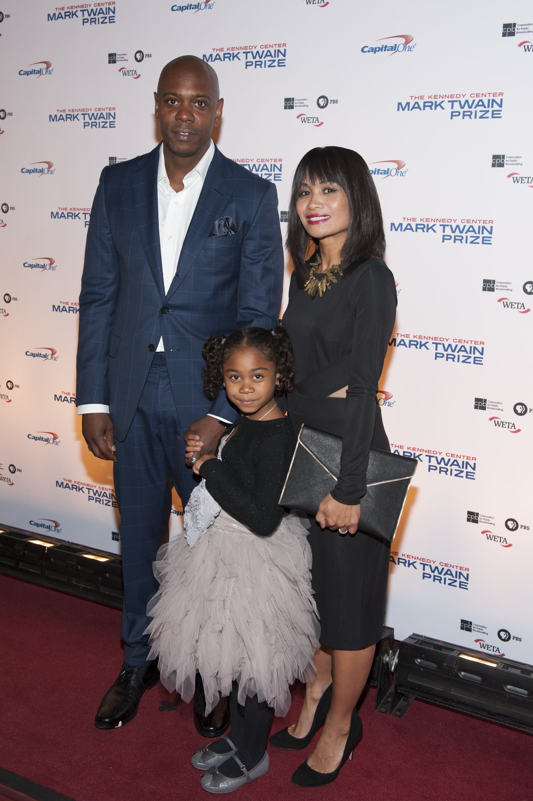 dave chappelle with wife elaine and daughter sonal photo margot schulman jpg 1797 2700 black love couples black art pictures interracial love dave chappelle with wife elaine and