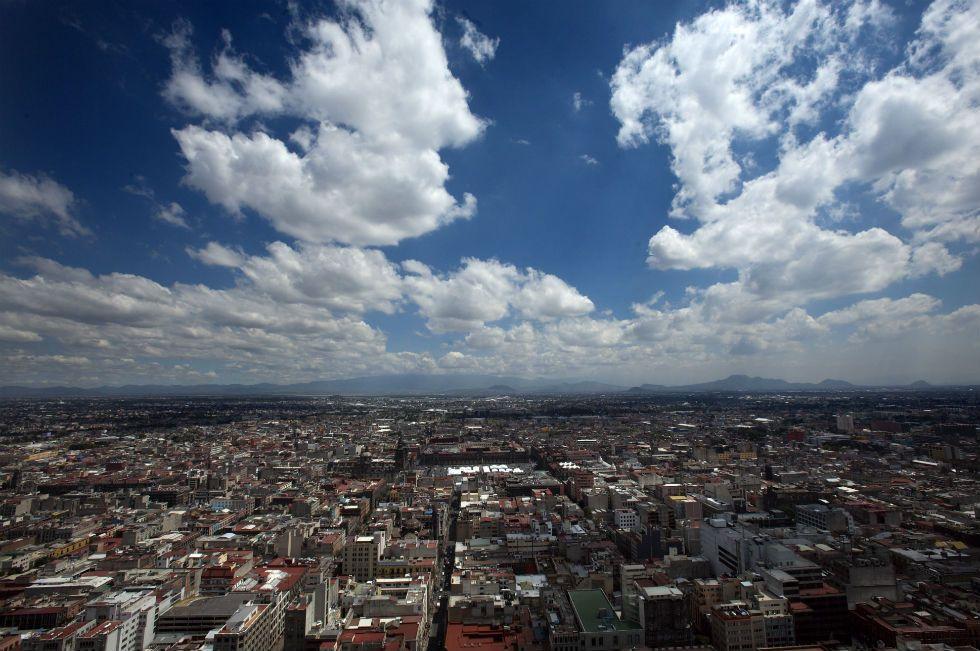 Messico e nuvole. Megamegalopoli