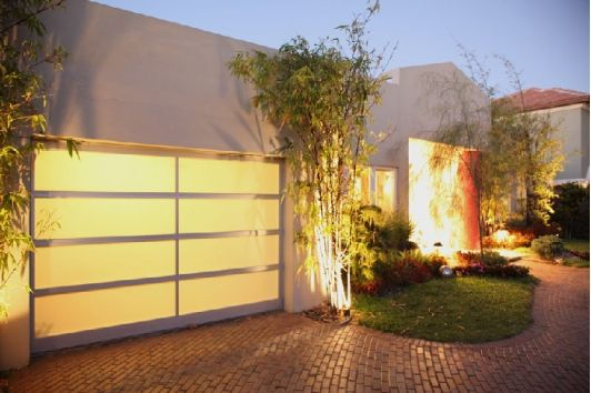 Beautiful Glass Garage Doors Located In Los Angeles Ca Garage
