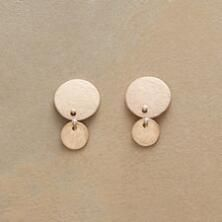 Warmly chic, these golden double disk earrings glow with elegance.