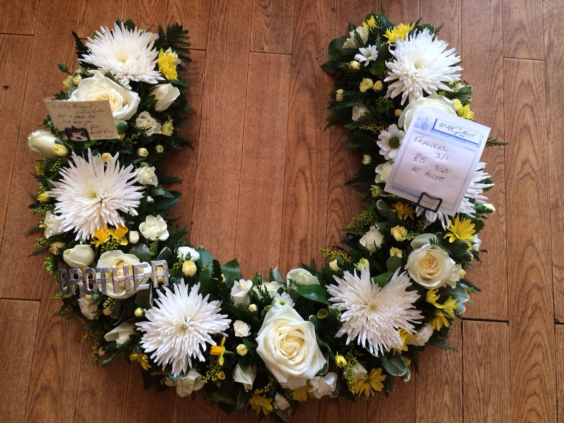 Horse Shoe With Betting Slip Flower Decorations Pinterest