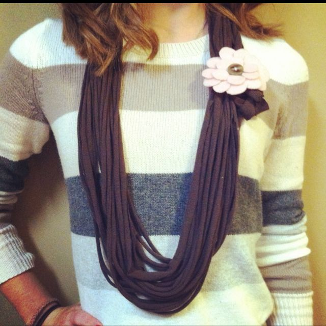 T-shirt scarf & felt flower!