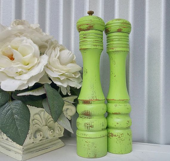 Best Shabby Chic Salt And Pepper Mill Tall Lime Green Set 400 x 300
