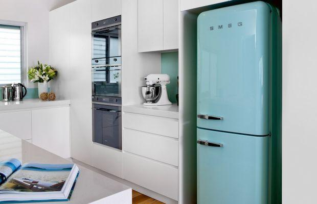 Retro Kühlschrank Pastell : Refrigerador retro smeg dream house pinterest