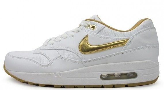 7e41c7c75134a Nike Sportswear is doing the gold sneaker thing to varying degrees at the  moment with respect to the Nike Air Max The pair most fully embracing that  look is ...
