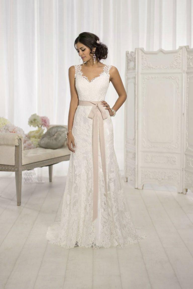 wholesale dealer 51cf4 41497 Essense Brautkleider kaufen in München bei Brautmode ...