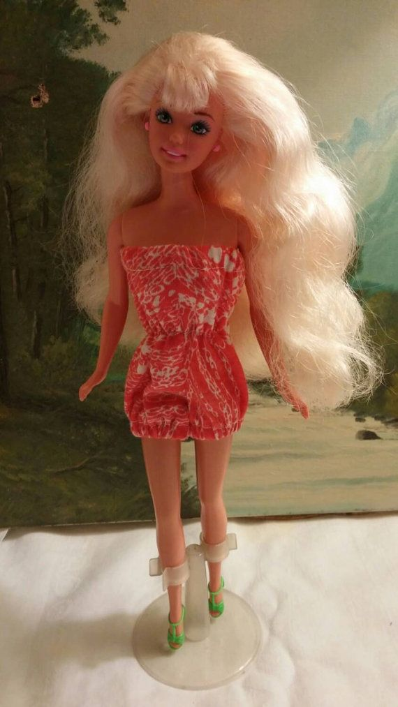 Orange knit play suit for Barbie with shoes