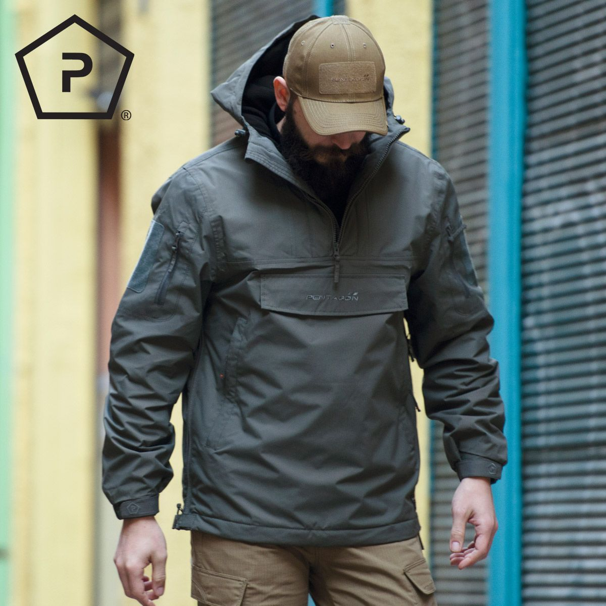 e90e8e9c02b Breathable and water-resistant Pentagon UTA Anorak comes with large  fleece-lined hood