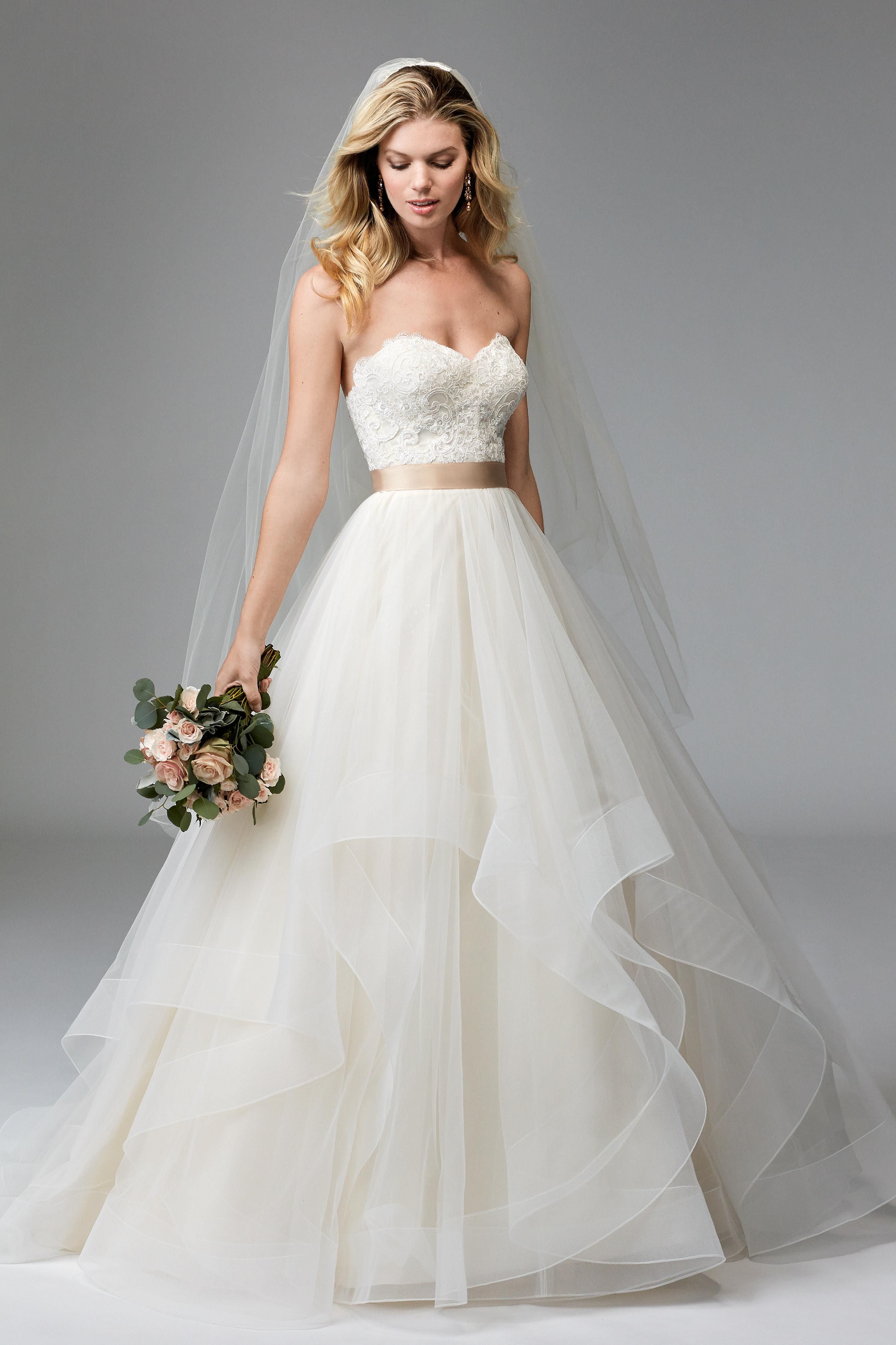 Country girl wedding dress  Pin by  on Wedding gowns  Pinterest  Wedding dress