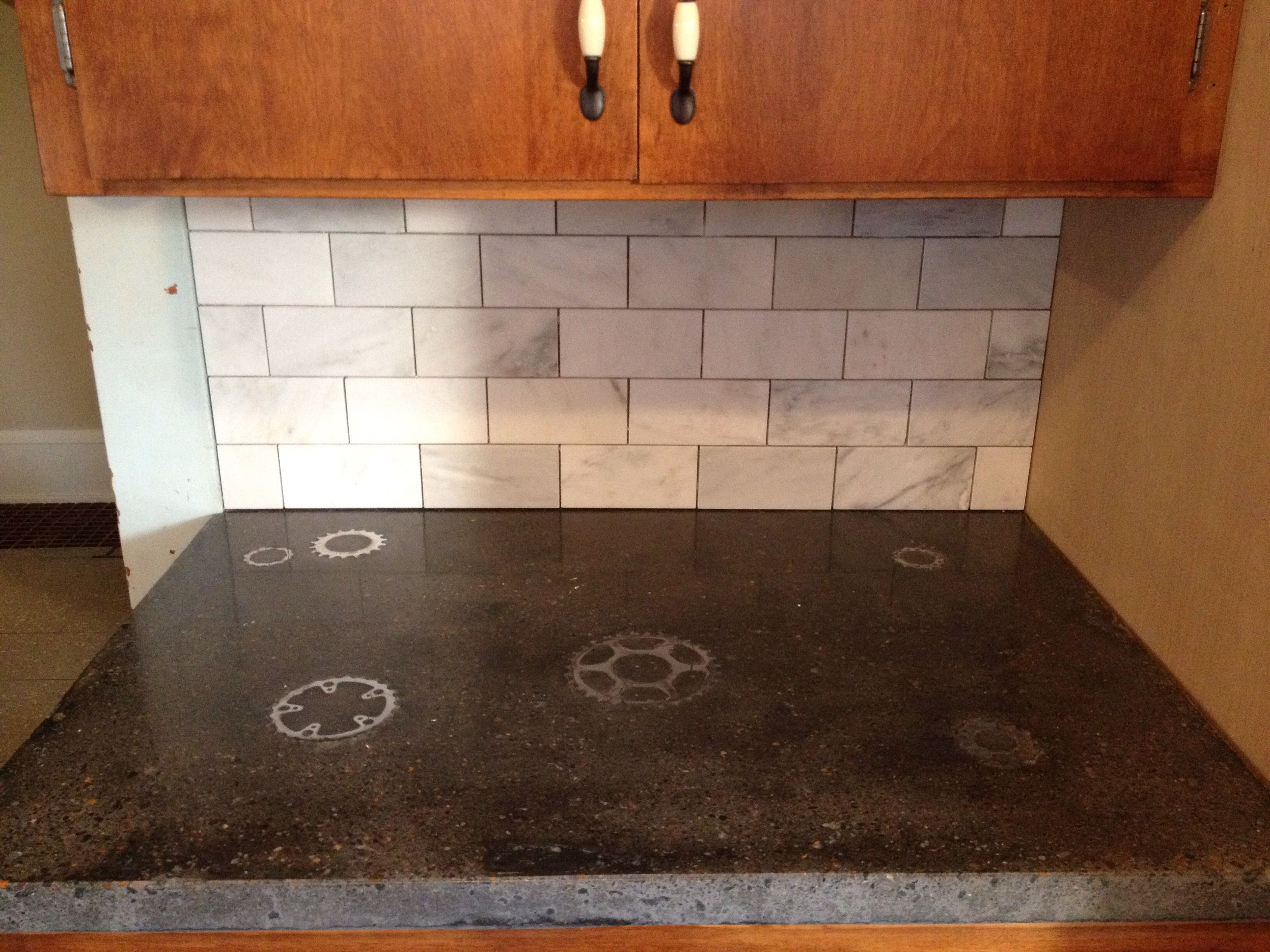 Concrete Countertops With Embedded Bicycle Gears Www Csi Precast