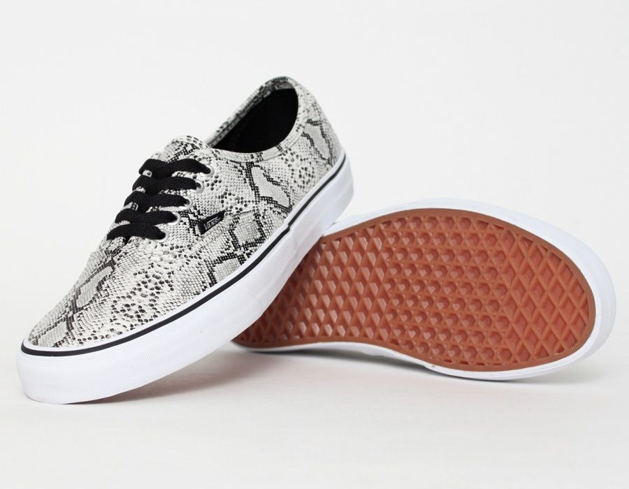 0480f0853a28ea Vans Authentic Snake Silver