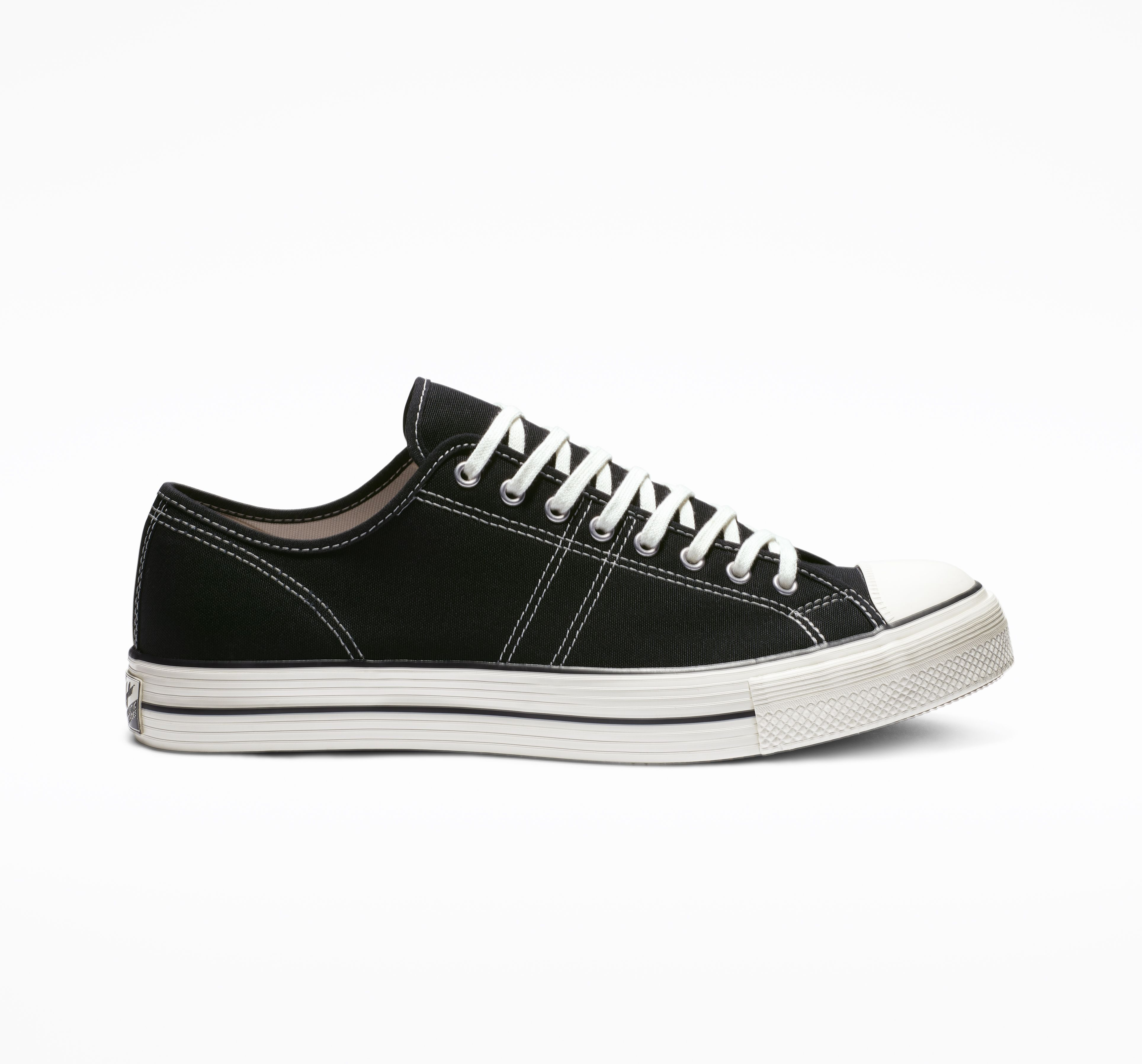 official photos 459b8 6a352 Lucky Star Low Top in 2019   Products   Lucky star, Converse ...