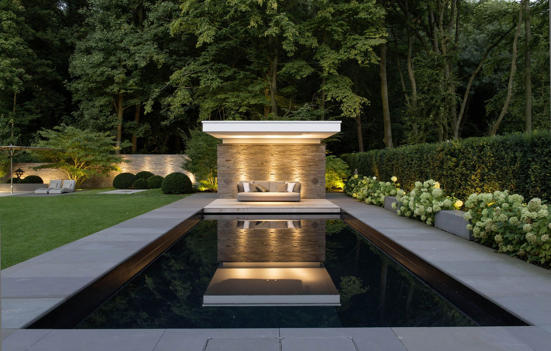 Moderne Gartenarchitektur Koln Villengarten 1 Gartenplus Die Gartenarchitekten Gartenarchitektur Gartendesign Ideen Gartenarchitekt