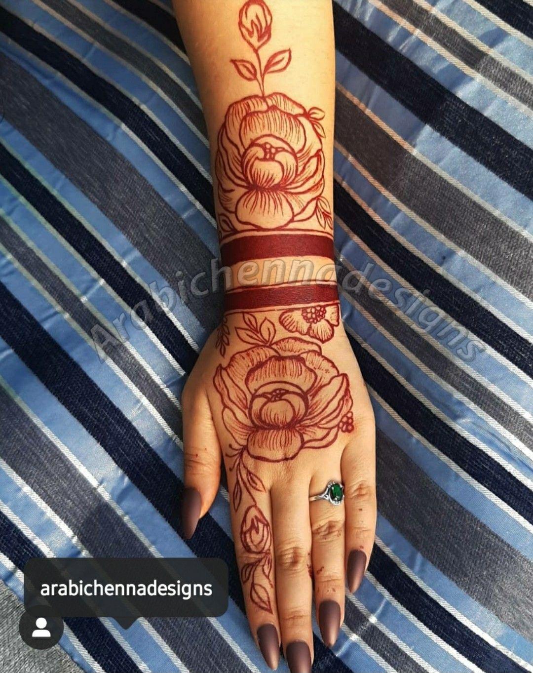 Henna artist in Dubai 0522531900 in 2020 Finger henna