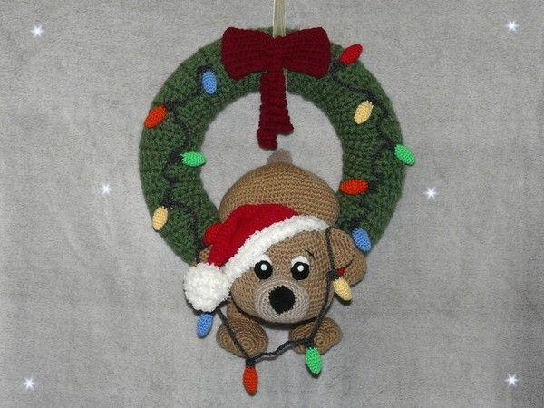 Photo of Crochet Christmas decoration // door wreath with teddy