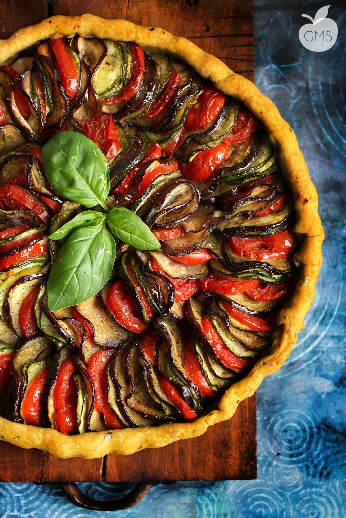 Crostata ratatouille ricetta vegan ingredienti bris for Cucinare vegetariano