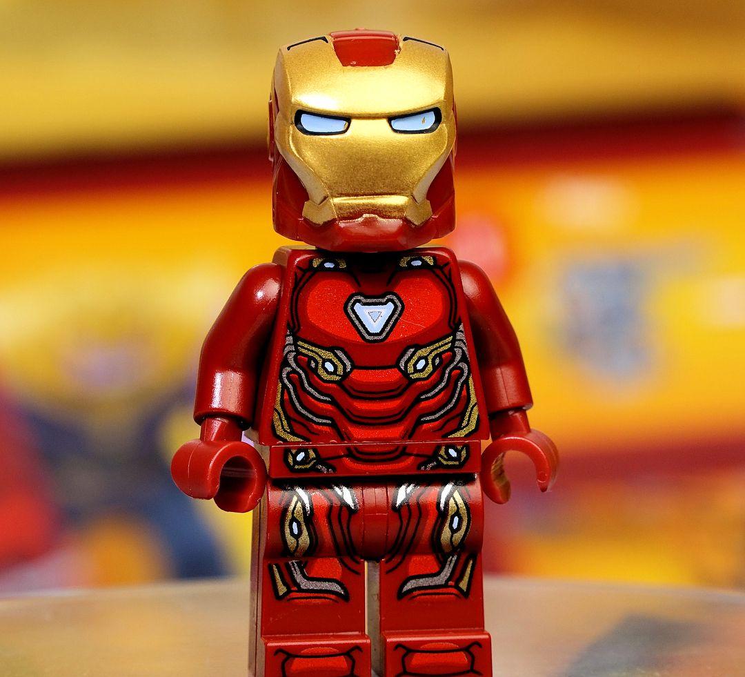 Железный человек картинка лего